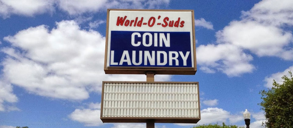 World O Suds Sign